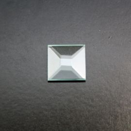 Bevel - Square Pyramid 2.5cm