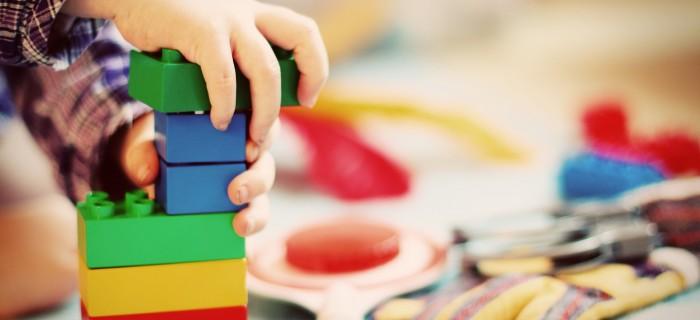 Play versus formal learning