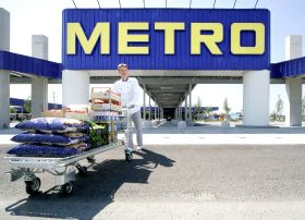EBIT and net income down at Metro