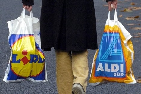 Supermarket sales pushed up by grocery inflation ahead of Christmas, shows data