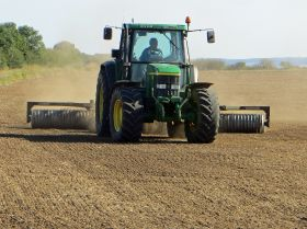 Report calls for UK farming policy overhaul