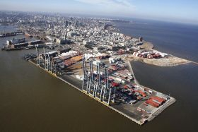 Argentine ban hits Montevideo container terminal