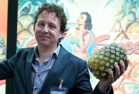 Pineapple importer wants us to go topless