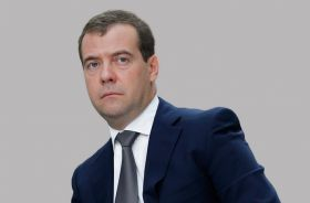 Medvedev confirms ban on food imports