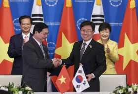Korea and Vietnam sign FTA