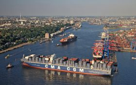 Port of Gothenburg links with Hamburg