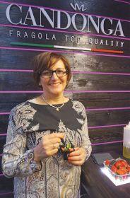Carmela Suriano Candonga Club strawberries Planitalia