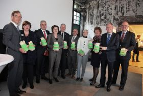 Chefs help Zon launch asparagus campaign