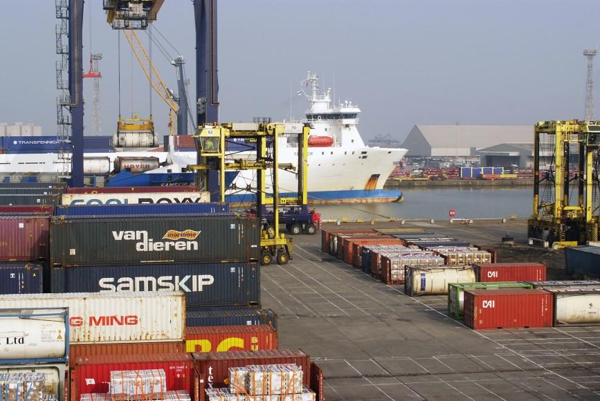 Govt 'planning inland port' to ease coastal jams