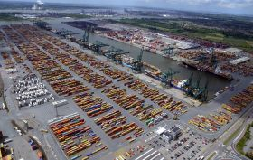 Port of Antwerp's 'strongest start'