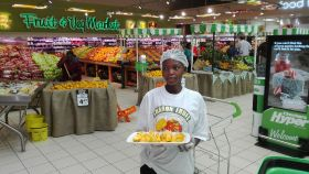 First RSA Sharon Fruit due in Europe