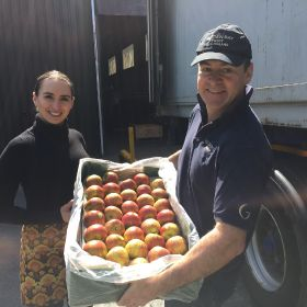 Golden Bay Fruit welcomes its first Cox to UK