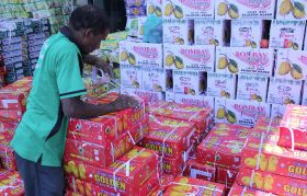 UAE restricts access to Indian mangoes