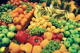 Eating fruit and veg 'helps combat depression'