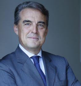 Alexandre de Juniac heads IATA