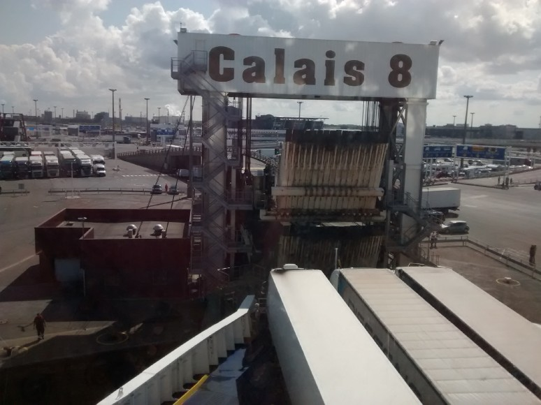 Lorry protest causes Calais disruption — European Union migrants crisis