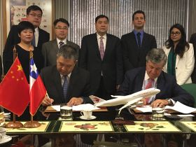 Chile strengthens ties with Chinese airline