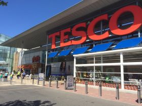 Tesco trials one-hour robot deliveries