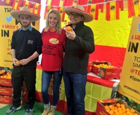 AMT Fruit and Tesco celebrate Spanish citrus season