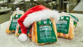 Woolies supplying carrots for Santa's helpers