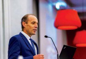 Trade mourns death of Manuel Évora