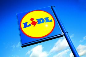 Lidl UK to stop using black plastic on F&V
