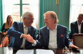 Hein Deprez's TFFG buys AC Hartman