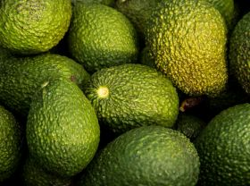New Zealand avo thieves 'selling fruit on Facebook'