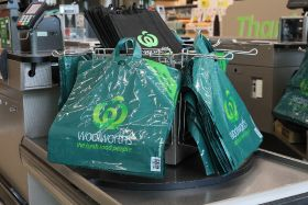 Aussie retailers to ditch plastic bags