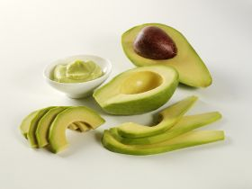 Aussies up avocado consumption