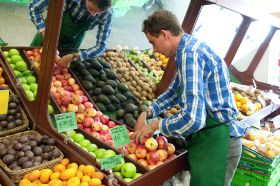 Fruit and veg 'improves well-being'