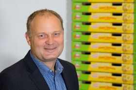 Zespri chief recognises outgoing COO