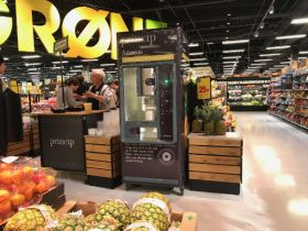 Bilka buys into fresh-cut pineapple trend