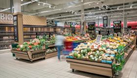 Carrefour debuts new organic area