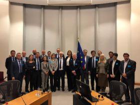 Markets present plan to European Parliament