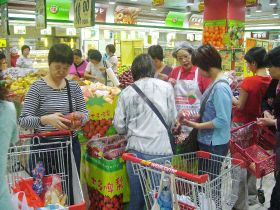 China to capture grocery crown