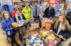 Aldi donates 800,000 Christmas meals to charity