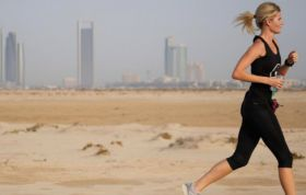Pink Lady sponsors Dubai marathon