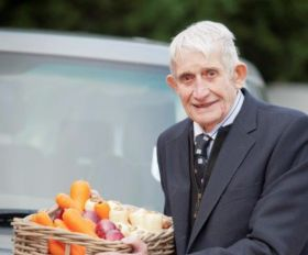 Tributes to 'King of Carrots' Clem Tompsett