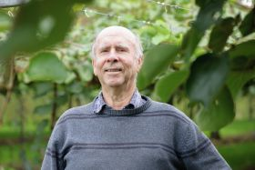 Milestone for gold kiwifruit creator