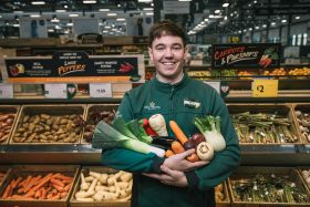 Morrisons rolls out plastic-free produce areas