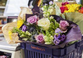 Sainsbury's to reduce plastic on fresh flowers