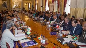Commonwealth trade ministers meet in London