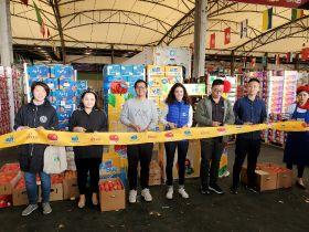 New season Novablue apples reach China