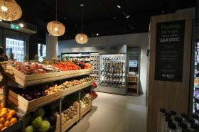 First Carrefour Bio opens in Poland