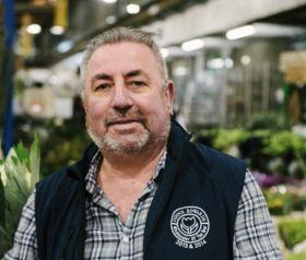 Flower giant Dennis Edwards passes away