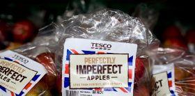 Tesco cuts 200,000 tonnes of food waste