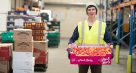 Welsh wholesaler helps fight food poverty