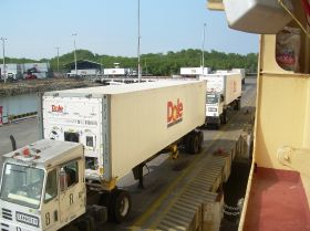 Dole enters into MCI agreement
