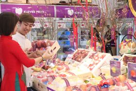 Lunar New Year sales sluggish due to Covid-19